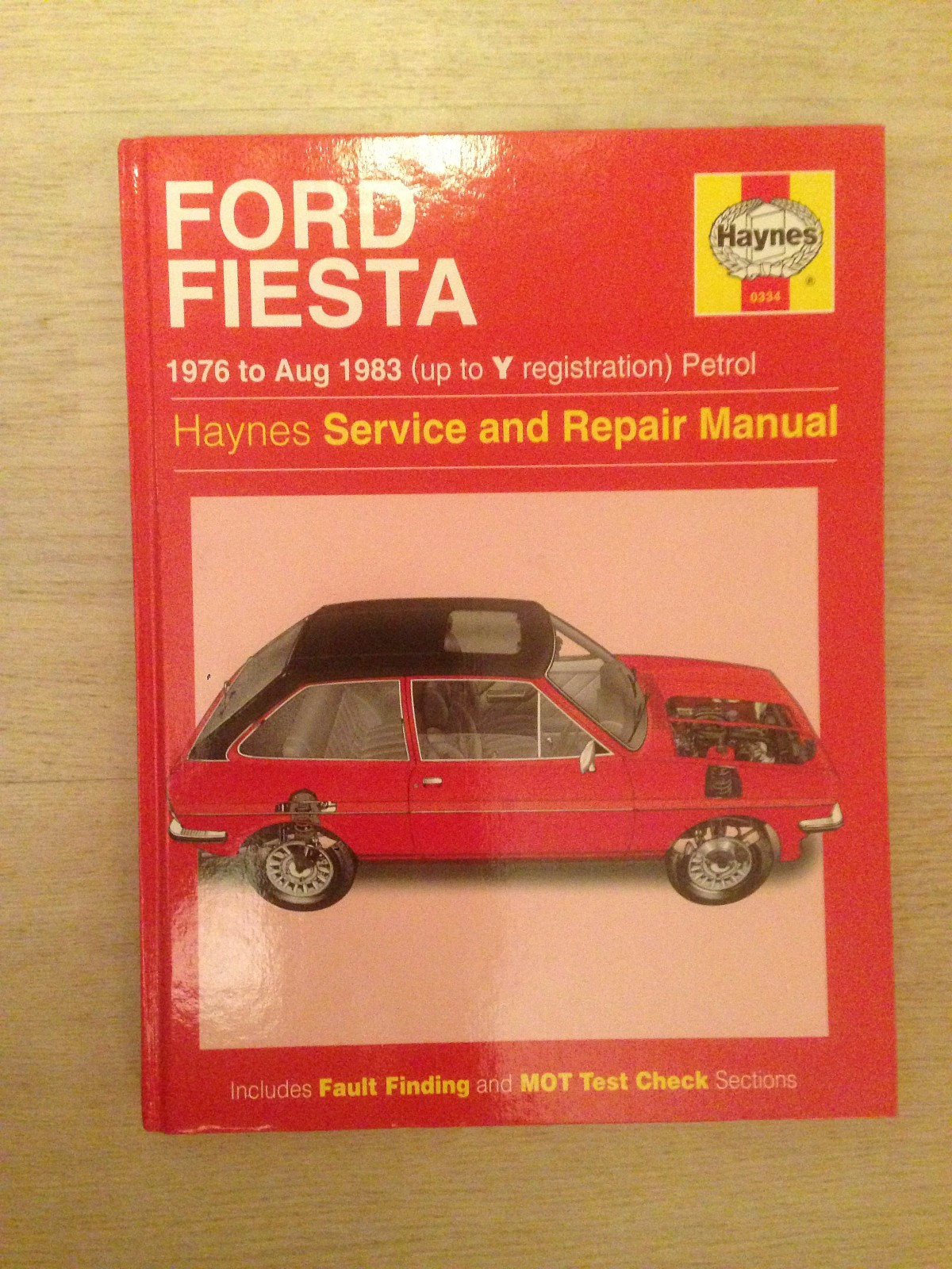Ford Fiesta 1976-1983 verkstedmanual - Larvik  - Haynes manual til Ford Fiesta 76-83. Engelsk-Norsk teknisk ordbok medfølger. - Larvik