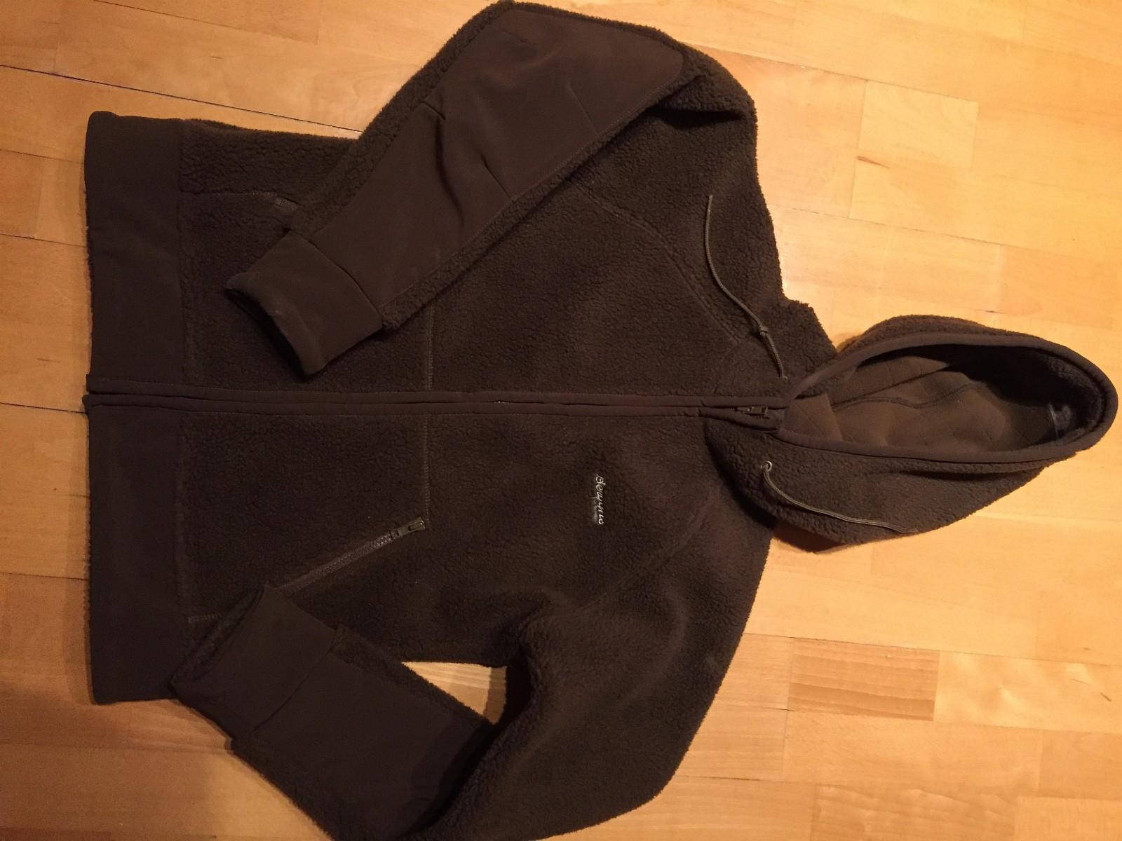Ny pris. Bergans jakke - Hokksund  - Lite brukt bergansjakke, god og varm. - Hokksund
