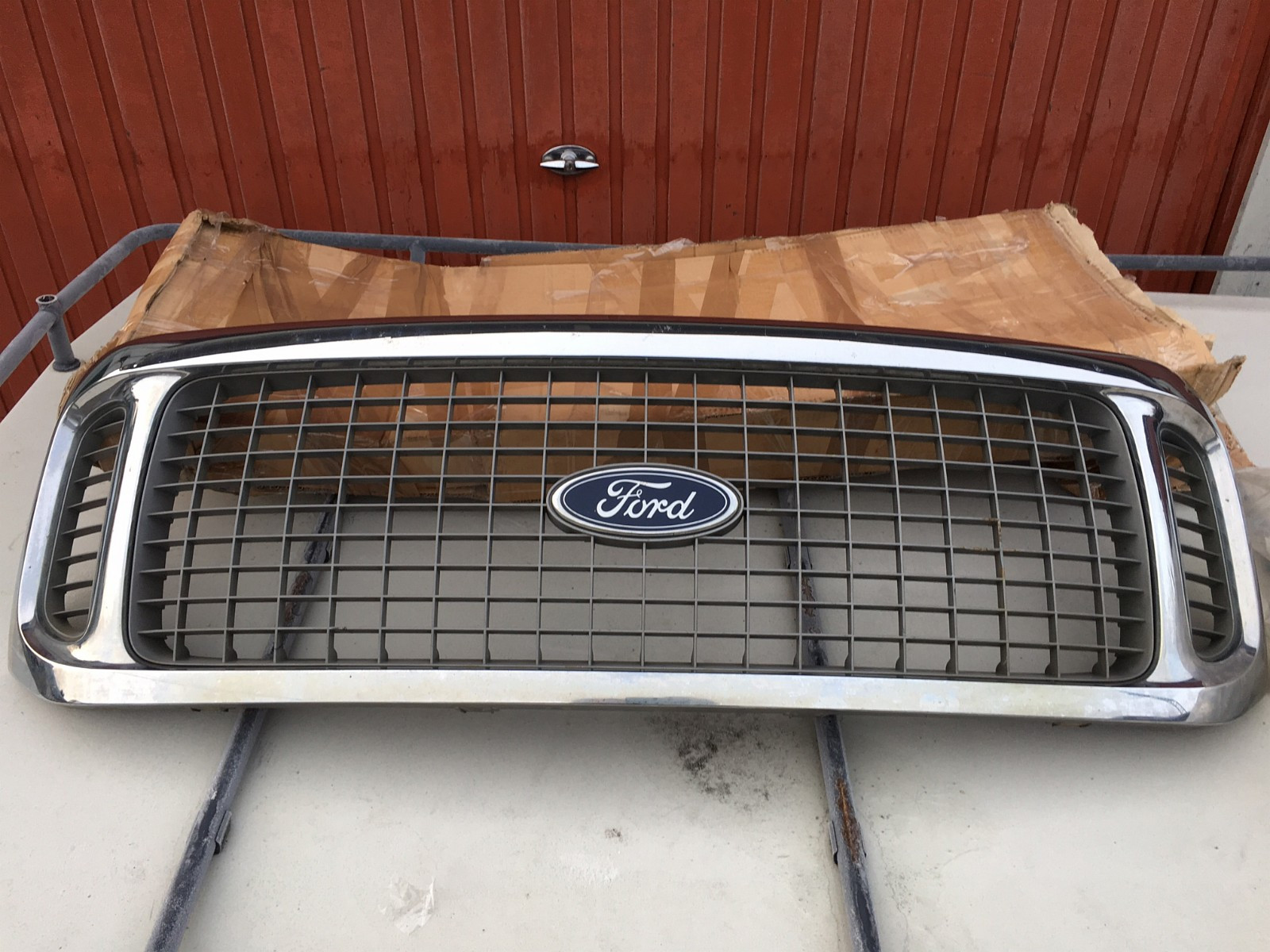 Ford Excursion Grill - Rælingen  - Ford Excursion Grill - Rælingen