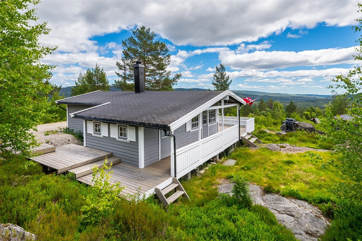 Meglerhuset & Partners Arendal - Hytte - 690 000,-