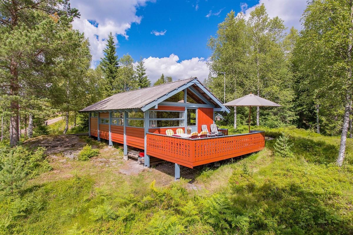 Hytte - steinsholt - 1 090 000,- - Leinæs & Partners
