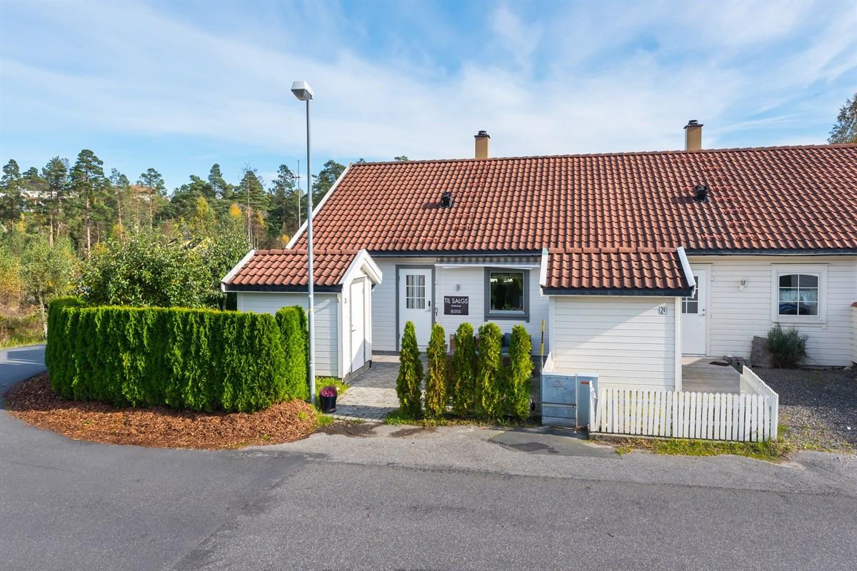 Meglerhuset & Partners Arendal - Rekkehus - 1 825 000,-