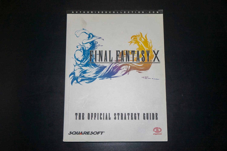 Final Fantasy X Piggyback Official Strategy Guide - Trondheim  - Final Fantasy X offisiell strategiguide av Piggyback. Litt smuss og merker på omslaget og en ripe på baksiden, ellers i utmerket stand.  Har også masse andre Final Fantasy strategiguider til salgs.  Se bilder for det - Trondheim