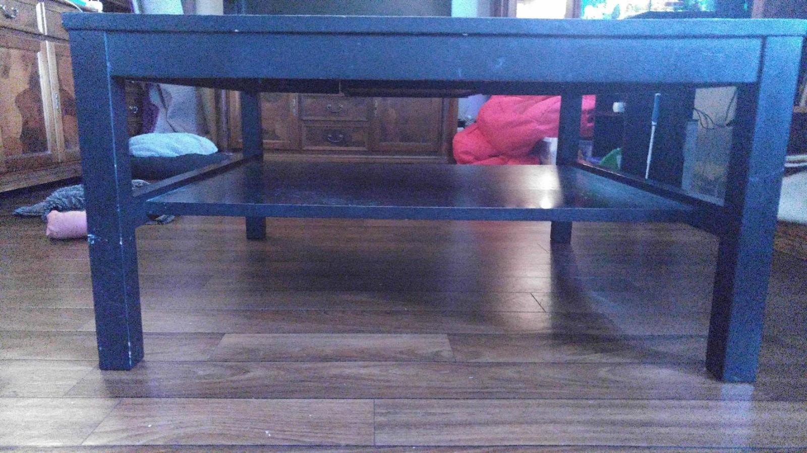 Nero sofabord i sortbeiset Eik - Rong  - 1×1m 52 cm høyt noe merker litt beis så er det som nytt , kostet ca 4000 nytt . - Rong