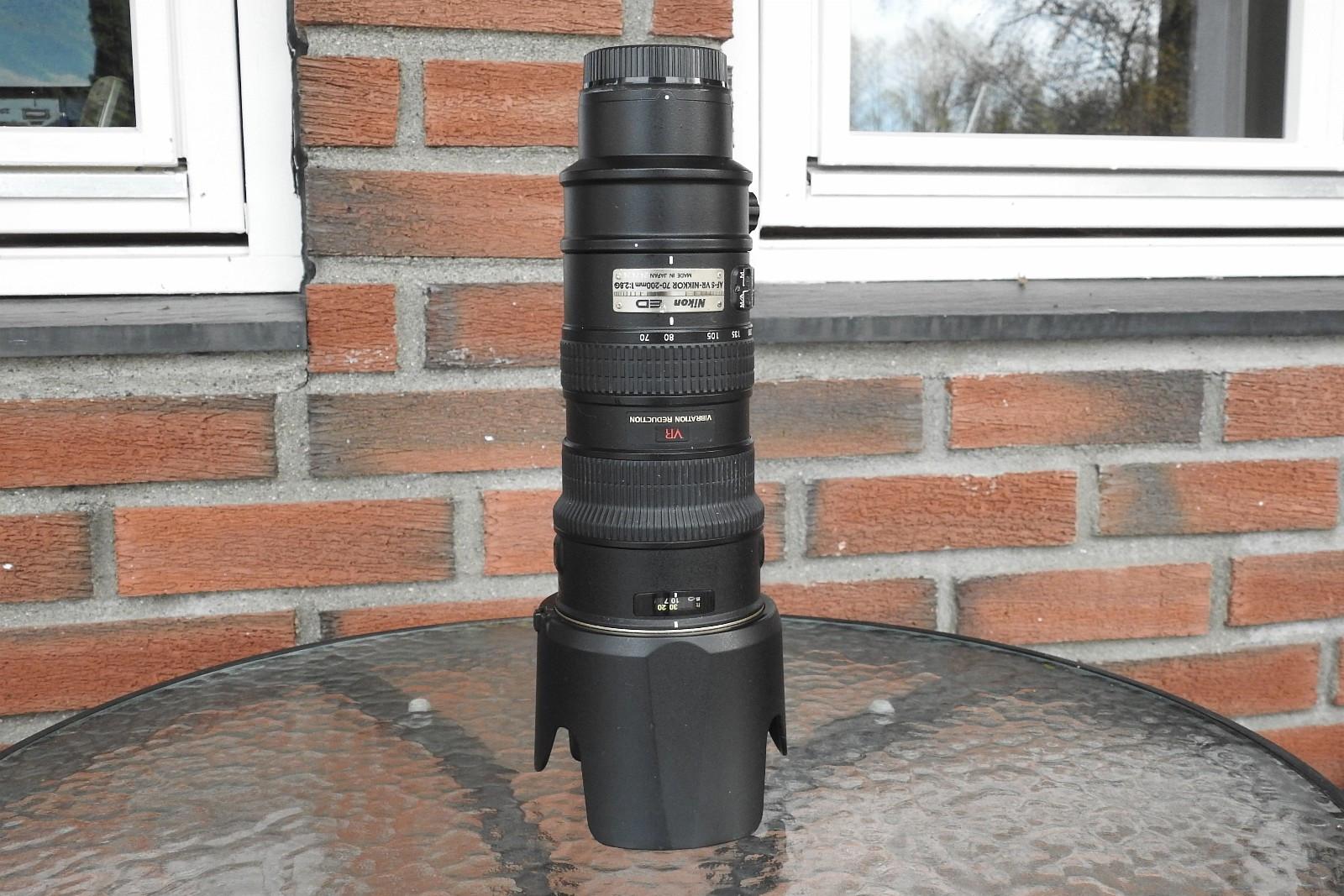 AF-S VR Nikkor 70-200 1:2.8 G - Våler I østfold  - Nikon 70-200 1:2.8 G VR Zoomobjektiv til salgs. Det følger også med et Hoya UV-filter. Objektivet er i god stand, og alt fungerer som det skal. Ingen skader på gla - Våler I østfold