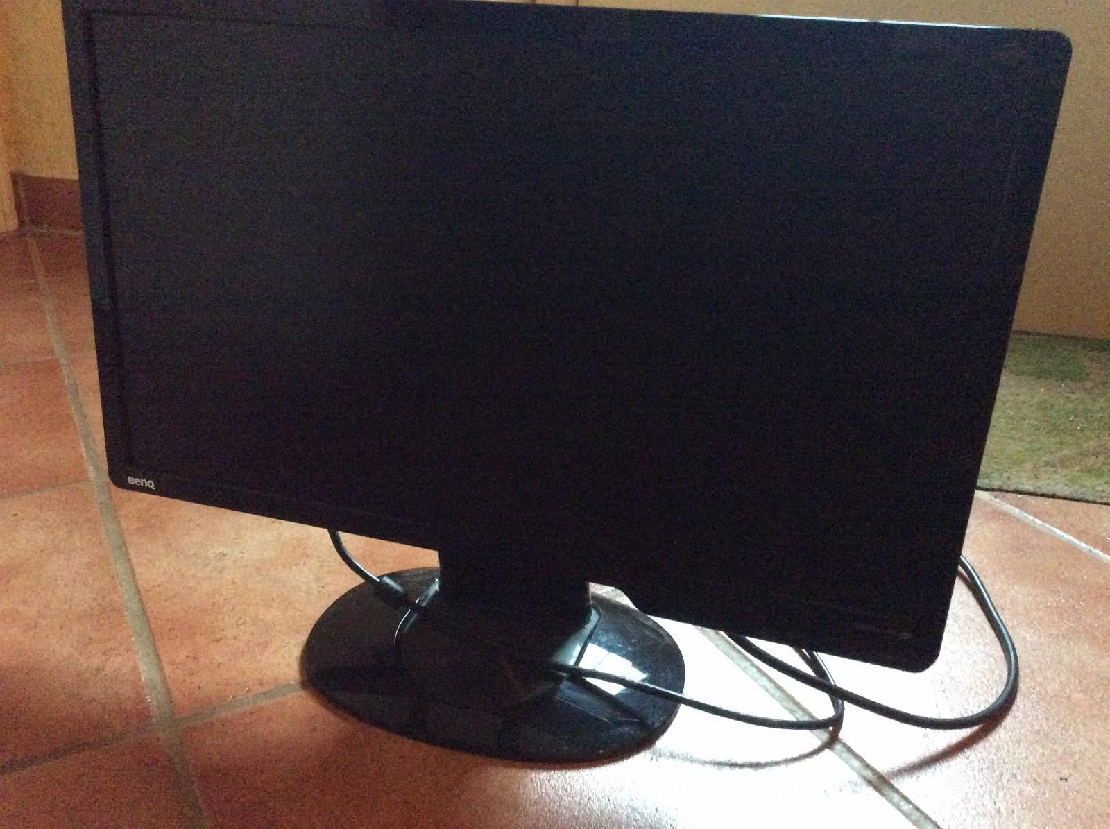 PC - skjerm til salgs - Larvik  - Pent brukt. - Larvik