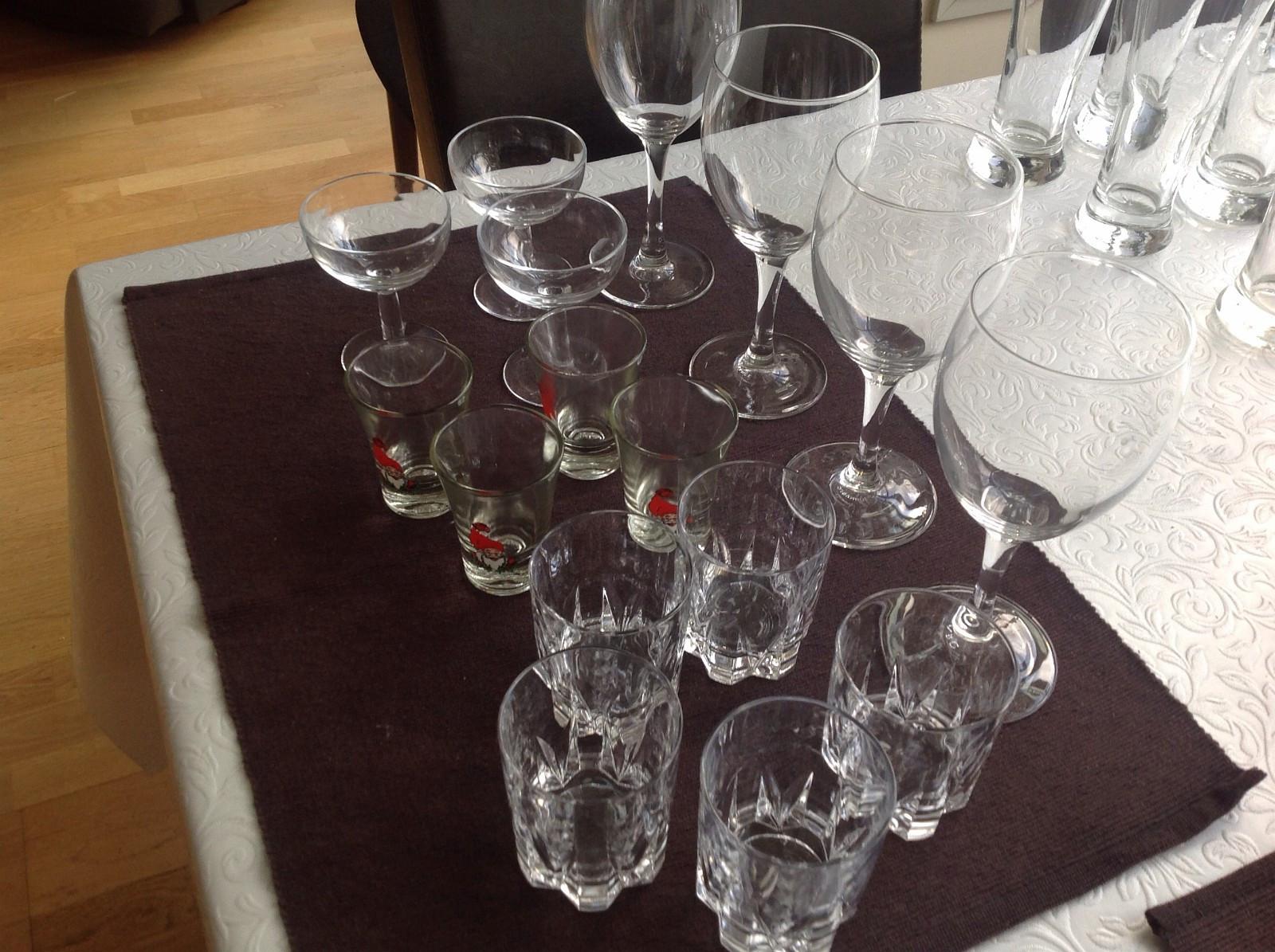 14 glass . - Trondheim  - 14 glass til hybelboerne - Trondheim