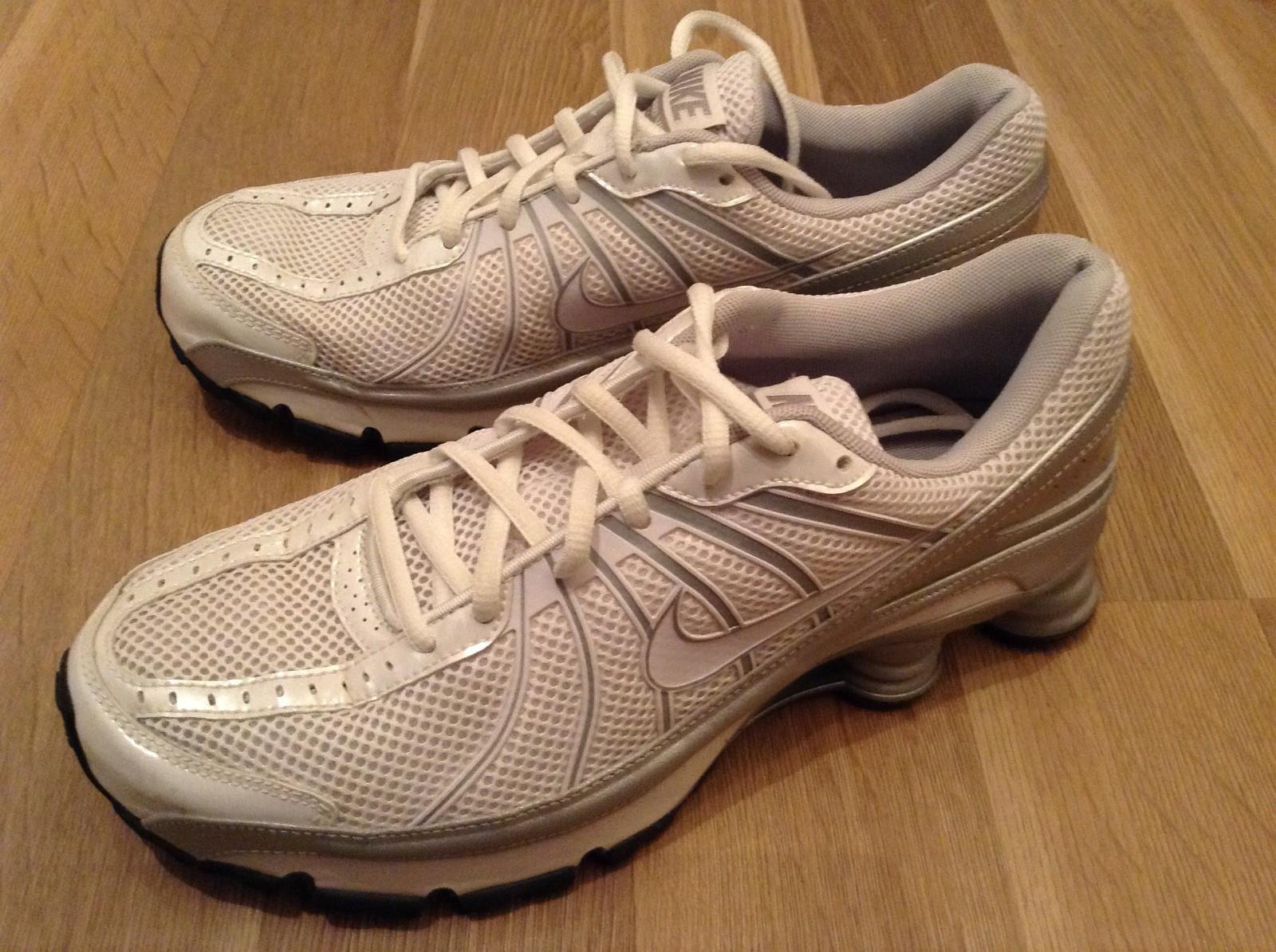 FINN – Nike Shox sko str 42,5