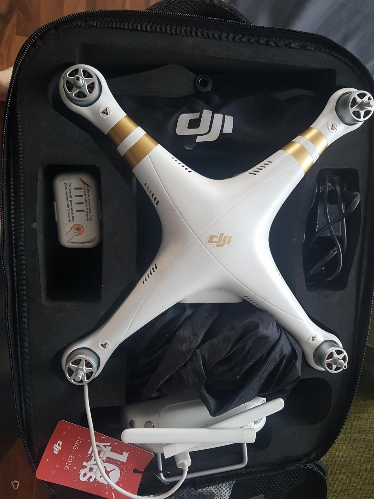 Drone phantom 3 pro - Kvaløya  - Drone kjøpt februar 2017 og er lite brukt.  Selges med ekstra propeller av karbon, orginale propeller og oppbevarings koffert. - Kvaløya