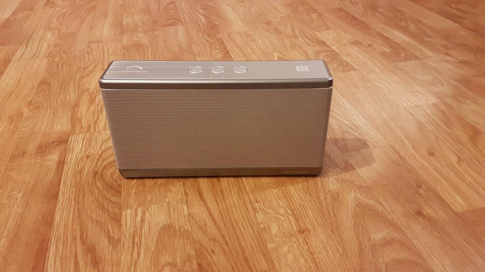 Amadeus BT høyttaler - Vestby  - Amadeus  Lite brukt   For mer info:  https://www.power.no/hoeyttalere-og-lyd/hoeyttalere/amadeus-abts1214s-bluetooth-hoeyttaler/p-216373/ - Vestby