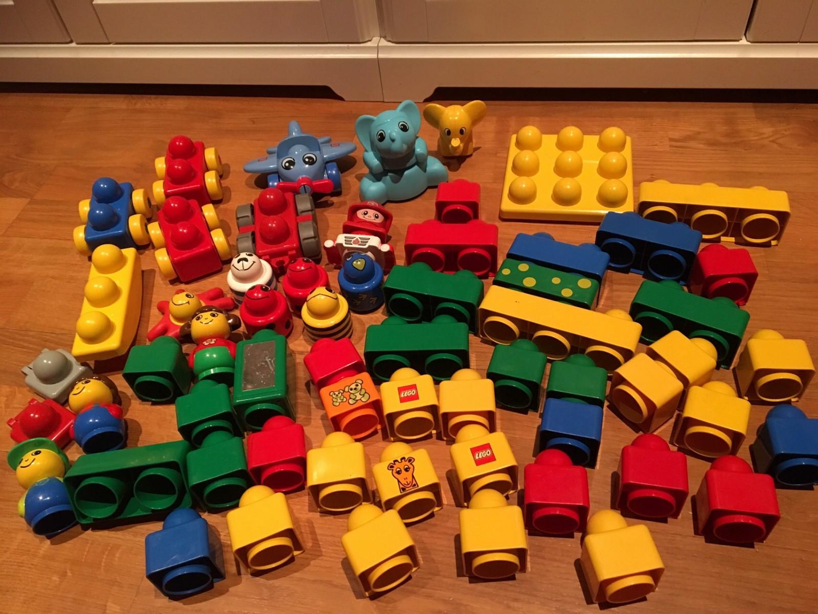 Lego mega blocks - Oslo  - Tusenbein, figurer, dyr og masse mega blocks selges rimelig. Barna har hatt stor glede av disse klossene, men nå er de blitt for store! - Oslo