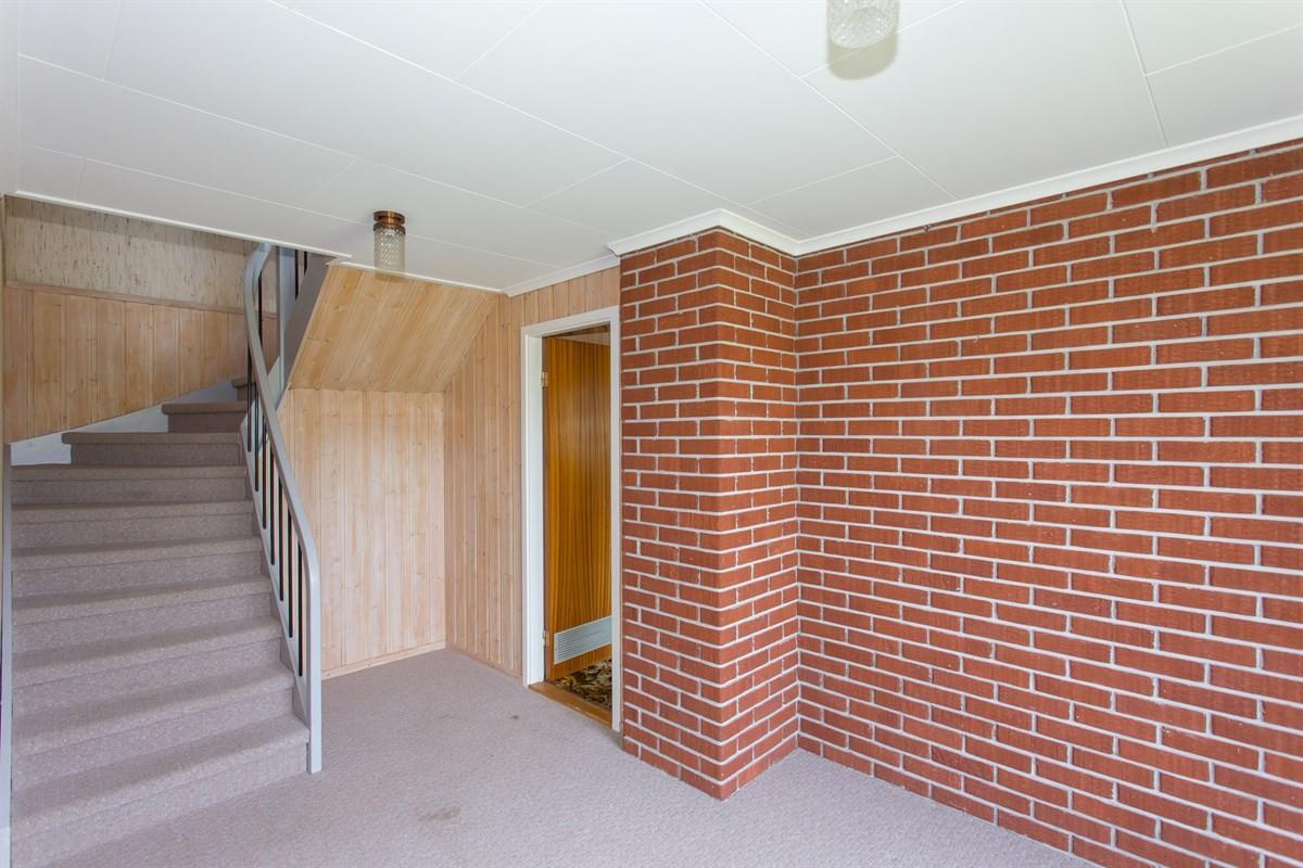 trappeoppgang-fra-kjeller