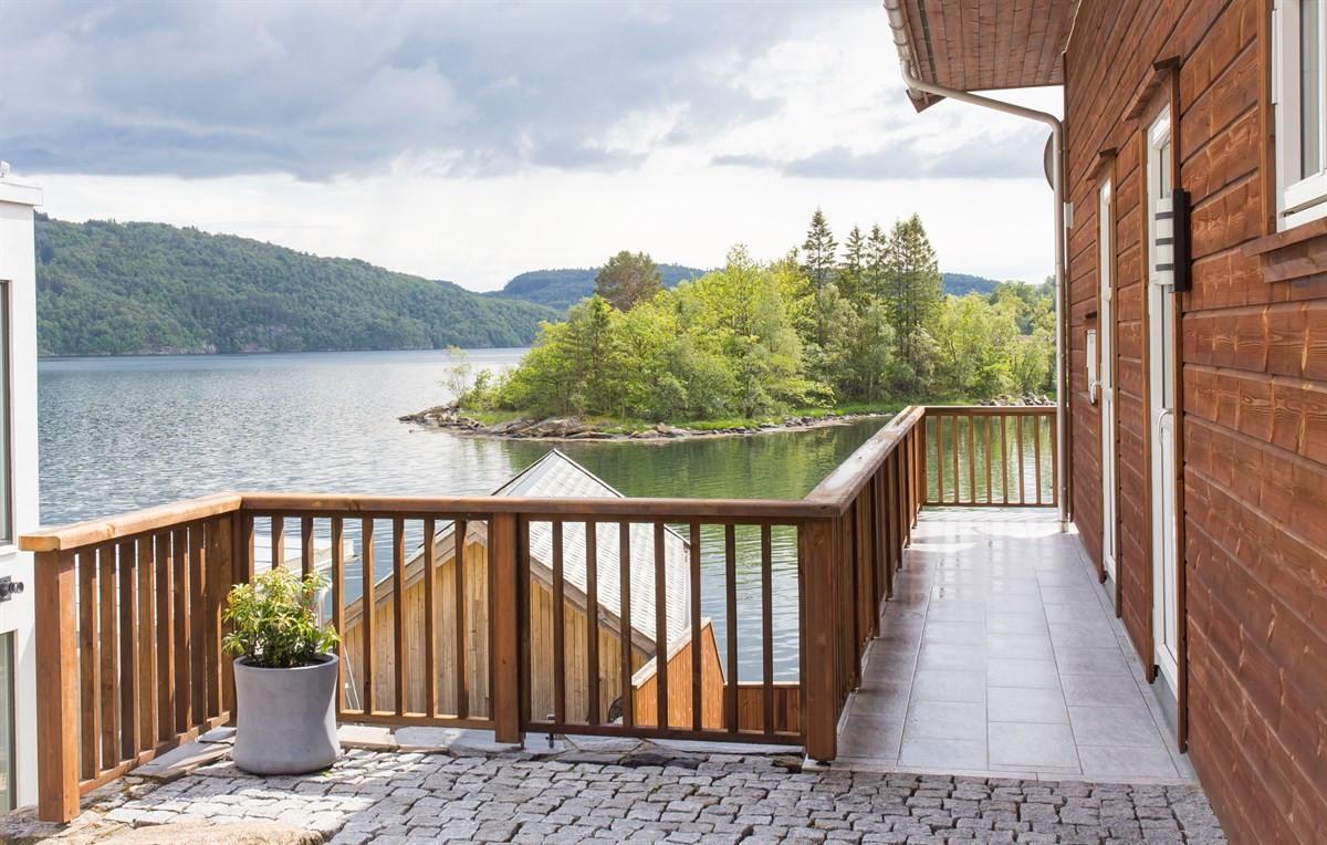 balkong-terrasse-i-hovedetg