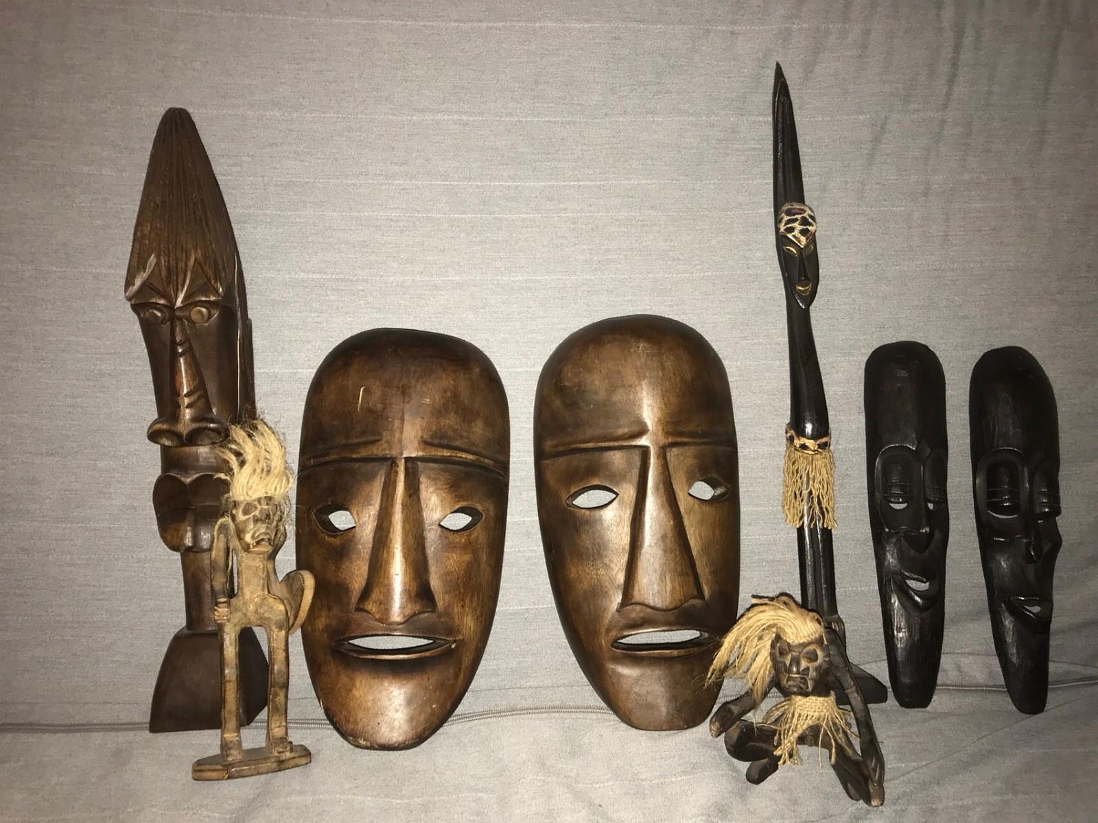 Afrika masker og figurer - Tomasjord  - Diverse pynte masker og figurer til salgs. 30 kr pr figur eller samlet for 200kr. - Tomasjord