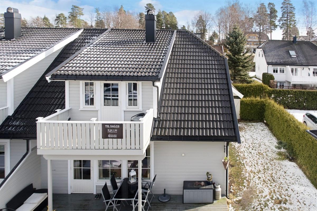 Rekkehus - vear - 3 090 000,- - Bakke Sørvik & Partners