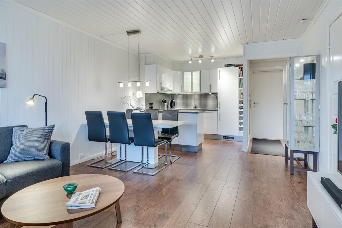 Leilighet - arendal - 1 090 000,- - Meglerhuset & Partners