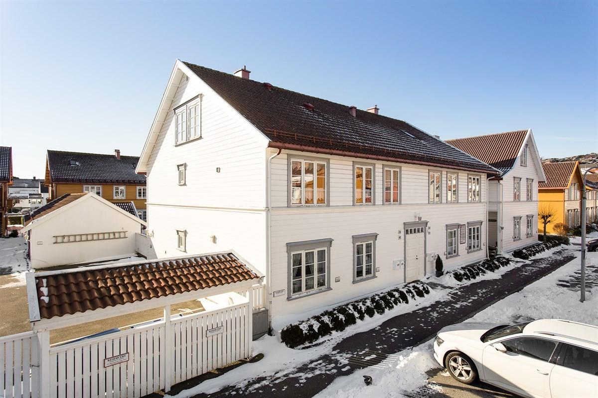Leilighet - stavern - 2 790 000,- - Leinæs & Partners