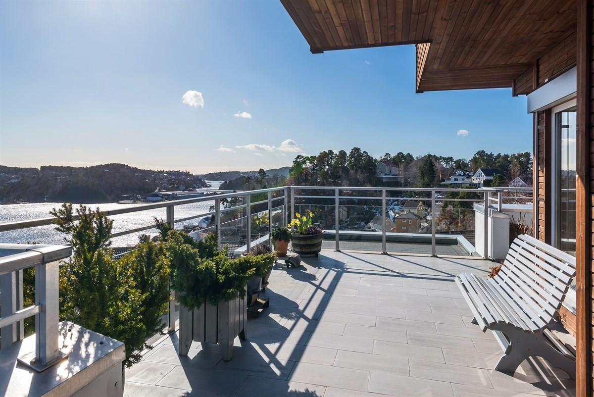 Leilighet - arendal - 2 550 000,- - Meglerhuset & Partners