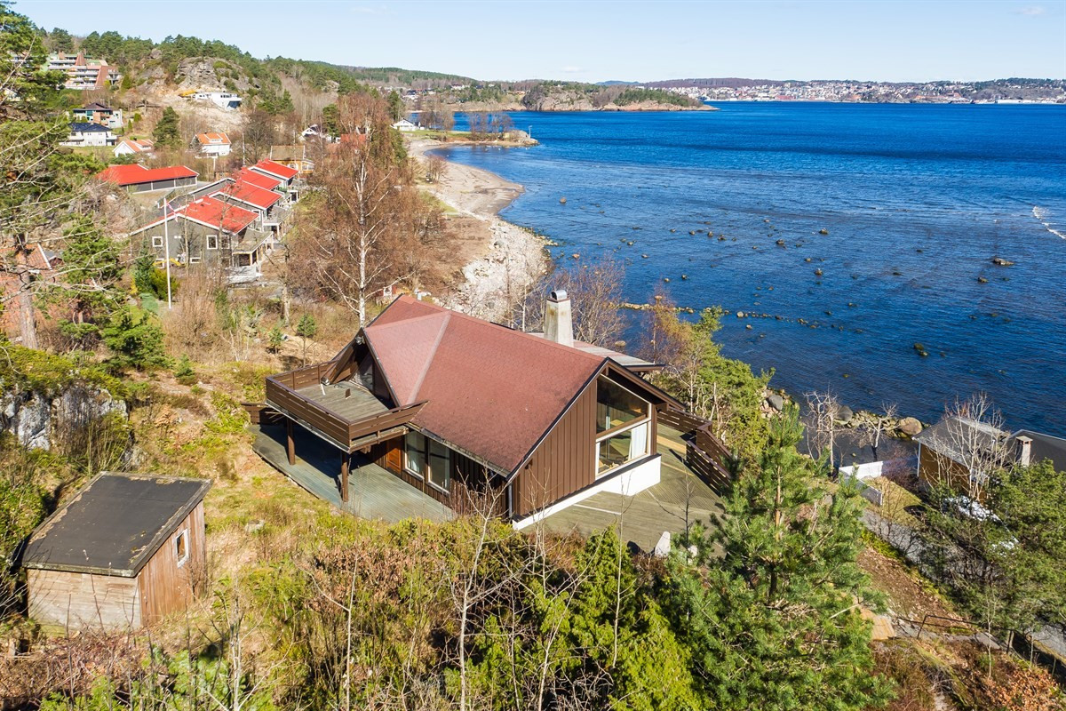 Hytte - larvik - 3 250 000,- - Leinæs & Partners