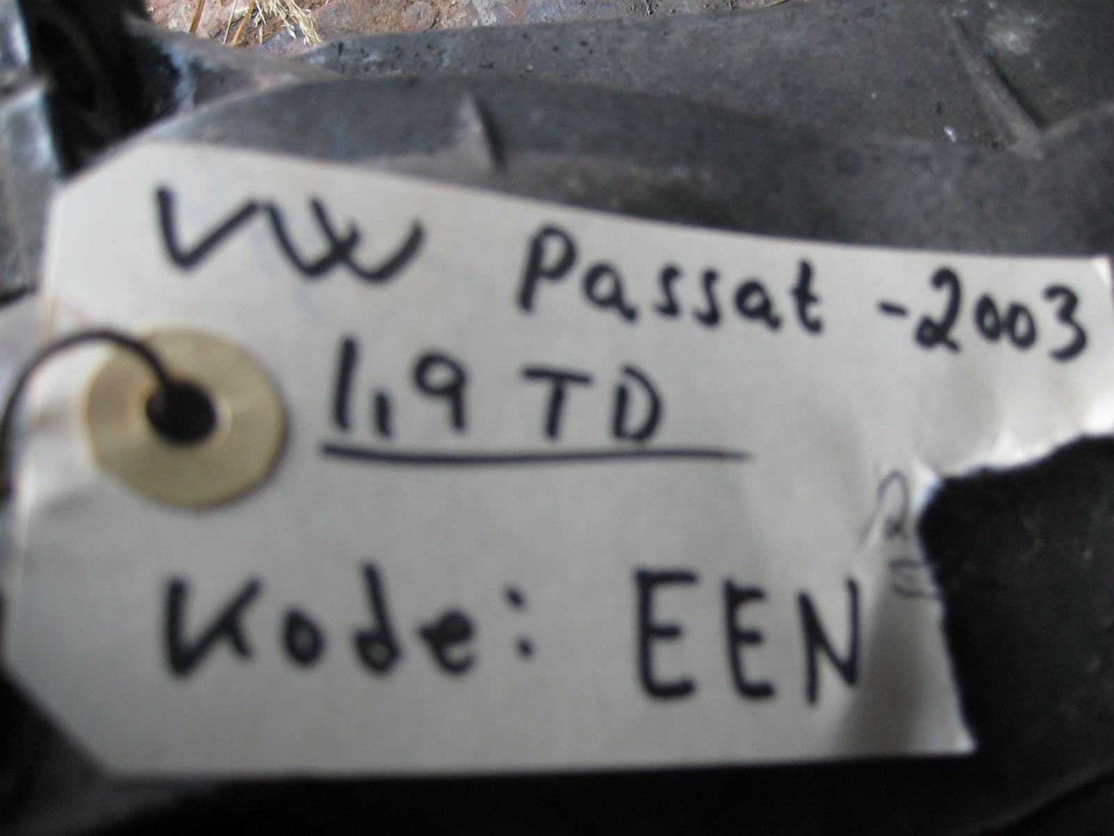 Girkasse Passat 1.9 TDI  2003 model , girkasse kode EEN selges kr 2000. - øyer  - Girkasse Passat 1,9 TDI ,girkasse kode EEN selges kr1000. - øyer
