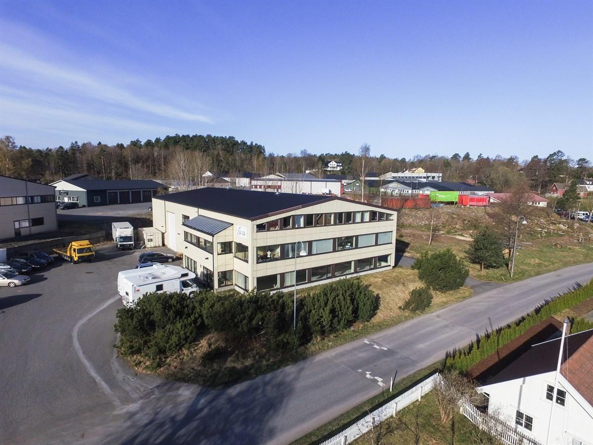 Næringsbygg - larvik - 5 900 000,- - Leinæs & Partners