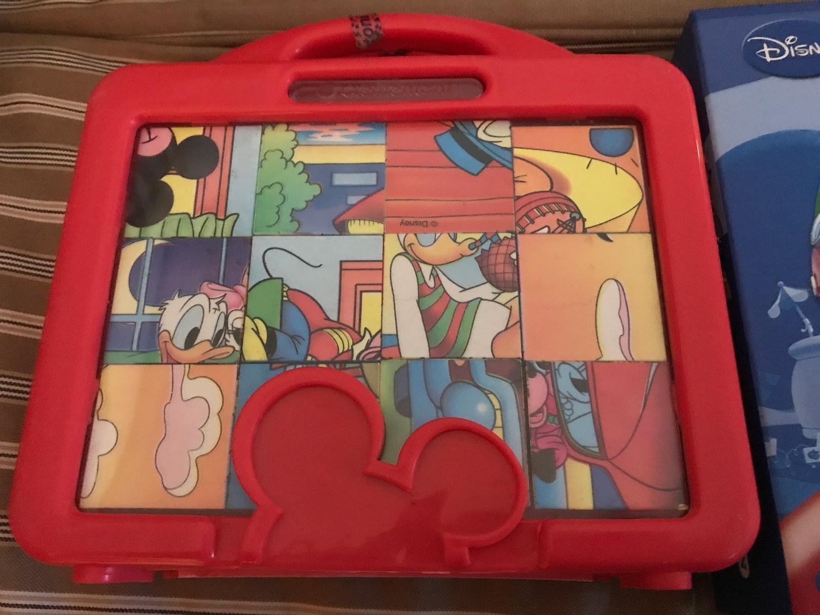 Disney puslespill - Nyborg  - Disney pusleklosser 6 motiv. Motivene er avbildet på esken.  Disney pusleklosser 6 motiv, motivene er på esken. Ole brumm.  Mikke mus klubbhus puslespill trebiter 20 stk.   Selges samlet 250kr - hentes Åsane eller se - Nyborg