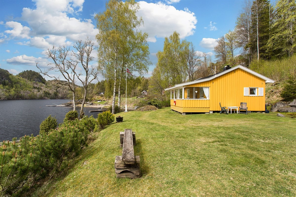 Leinæs & Partners Larvik - Hytte - 1 980 000,-