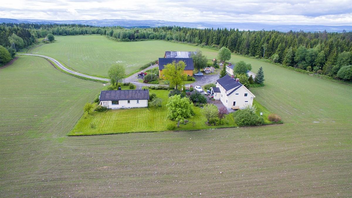 Landbrukseiendom - raufoss - 5 900 000,- - Gjestvang & Partners