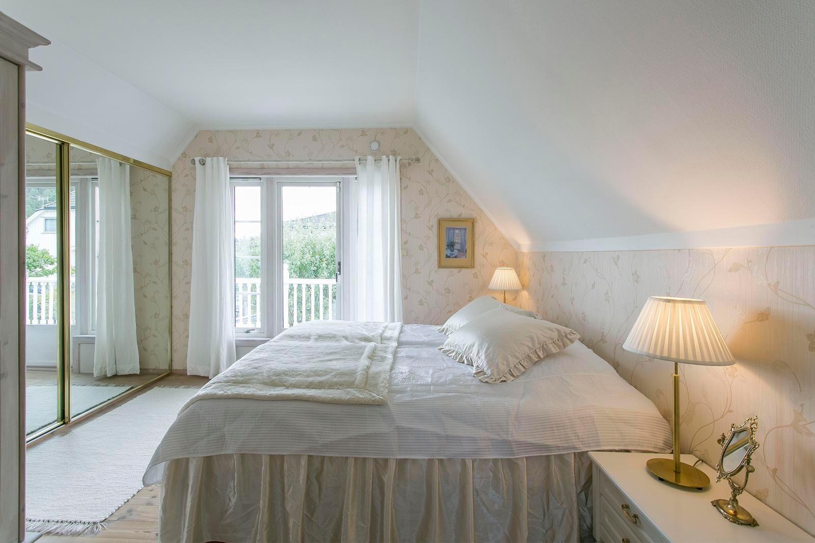 master-bedroom-med-utgang-til-veranda