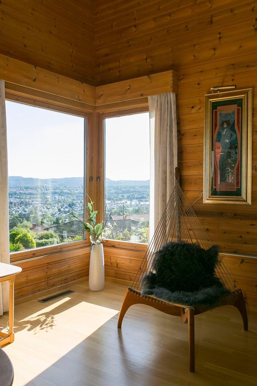 store-vindusflater-med-flott-utsikt