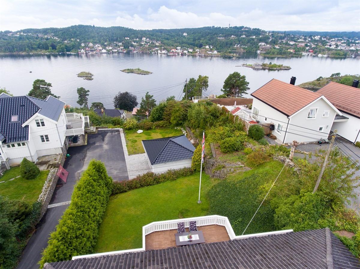 Meglerhuset & Partners Arendal - Enebolig - 3 290 000,-