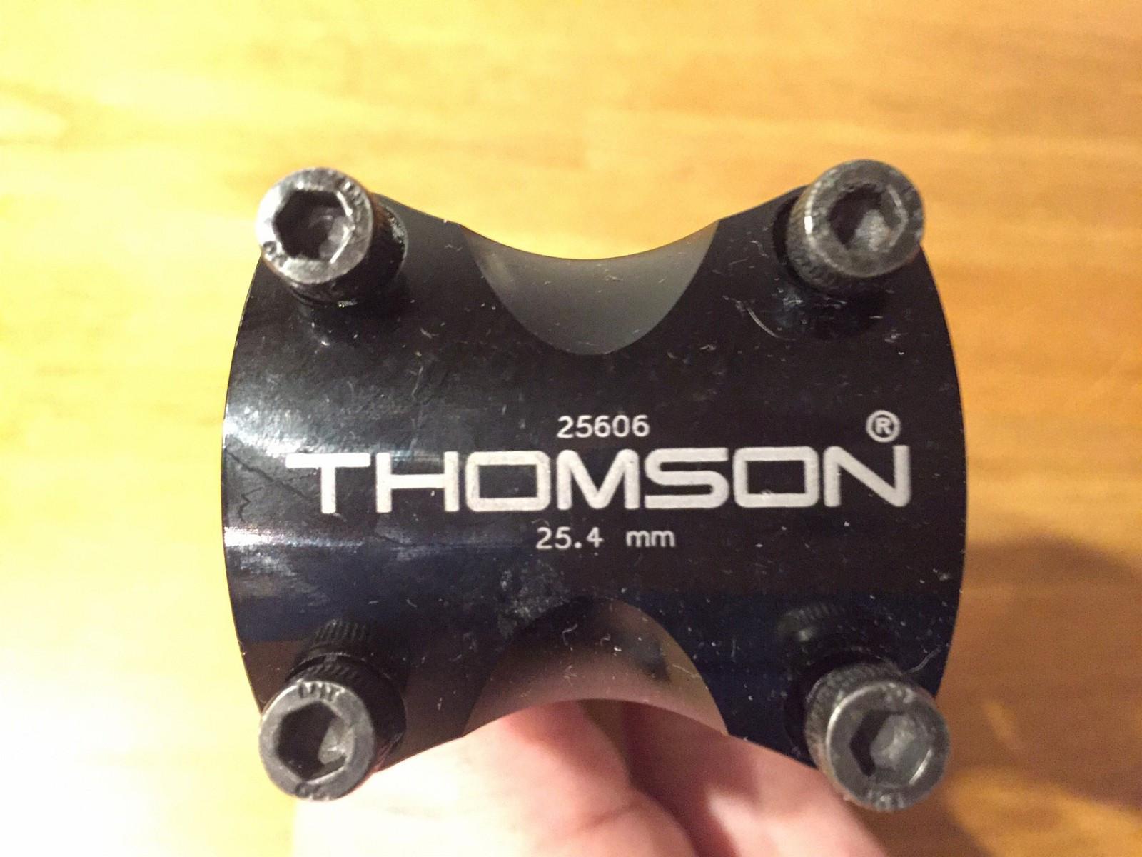 Thomson Elite stem - 25.4 mm - Oslo  - Thomson Elite stem - 25.4mm styrediameter 110mm lengde - 5 grader Lett og stivt og som nytt.   Kan sende om kjøper betaler porto - kr 40. - Oslo