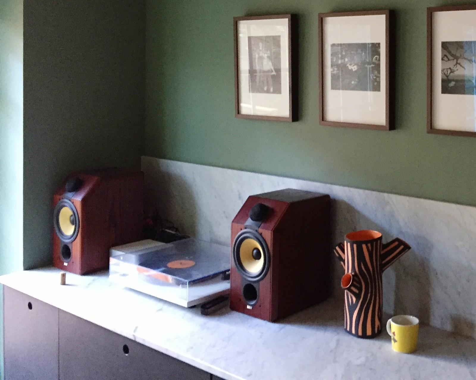 Sonos Connect Amp med B&W CDM 1 - Oslo  - Sonos Connect Amp selges med et par nydelige klassikere fra B&W. Se anmeldelse av høyttalerne her https://www.stereophile.com/standloudspeakers/630/index.html - Oslo