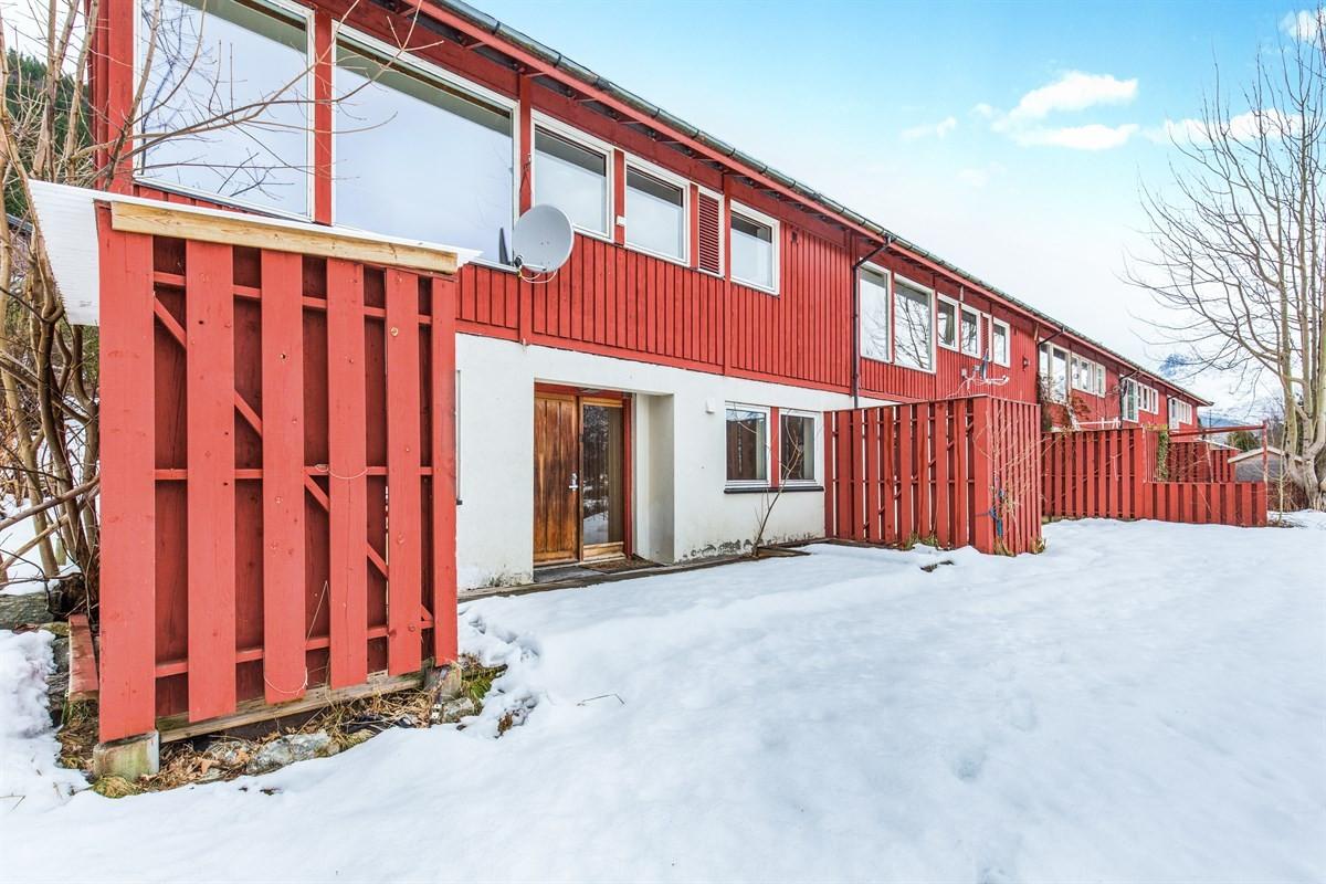 Aursnes & Partners Sykkylven / Stranda - Rekkehus - 1 100 000,-