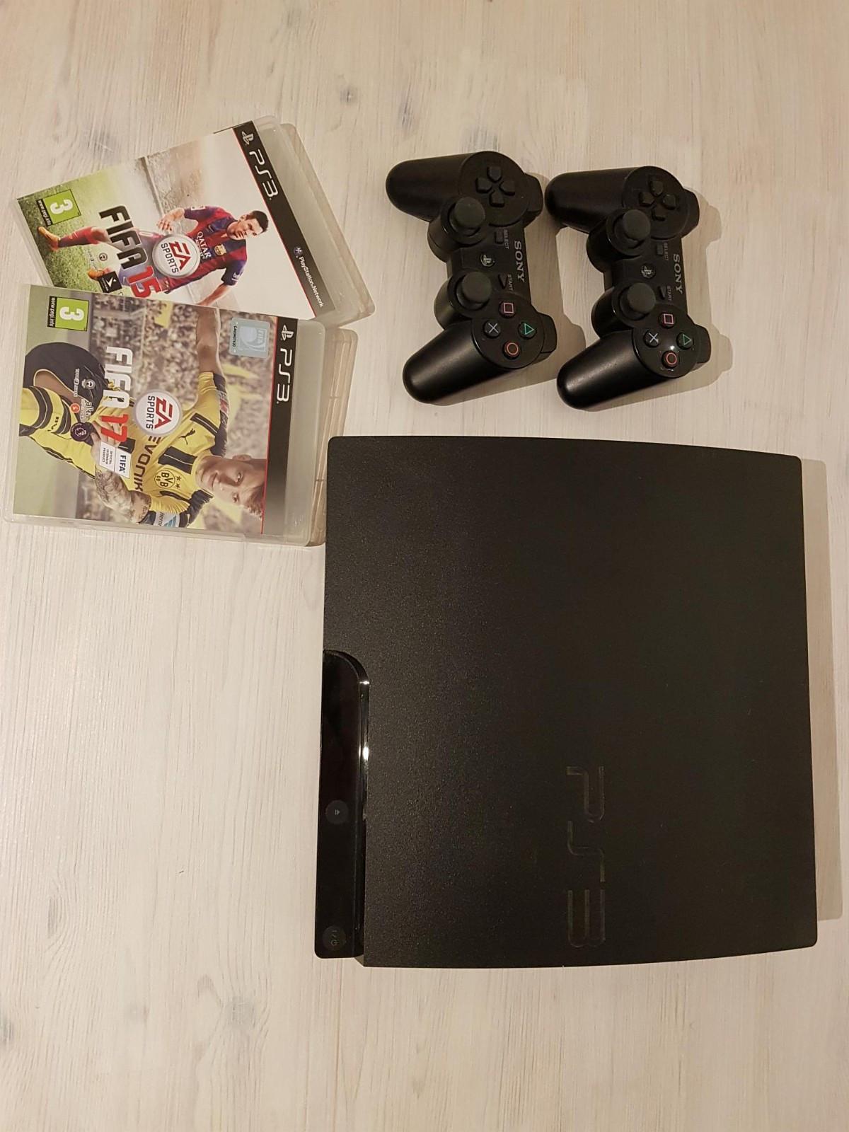 Playstation 3 (320GB) + 3 spill + 2 kontroller - Trondheim  - Spill: - FIFA 15 - FIFA 17 - Assassins Creed - Revelations  HDMI-kabel, lader til kontroller, strømkabel og orginaleske følger med.  Kan sendes dersom kjøper betaler frakt. - Trondheim
