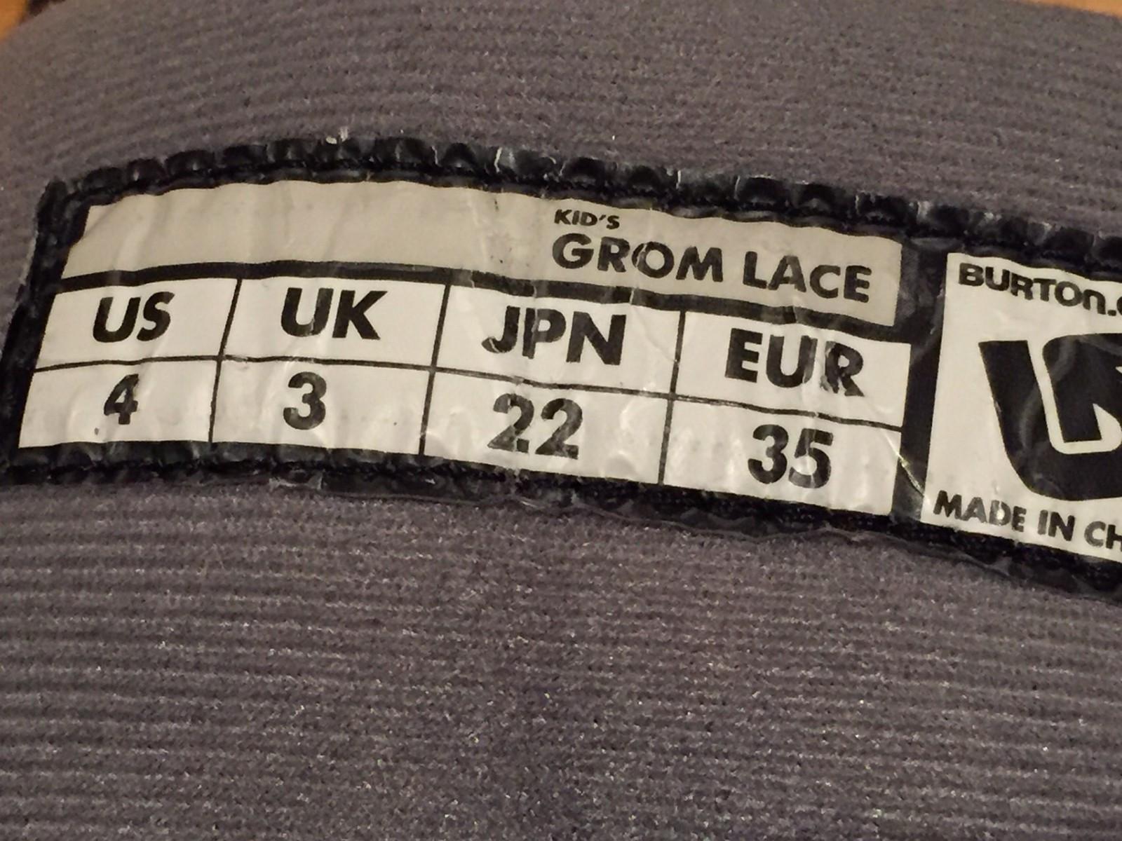 Snowboard støvler - Leirsund  - Snowboard støvler boots Burton Grom Lace Pene, lite brukt.  Str 35. - Leirsund