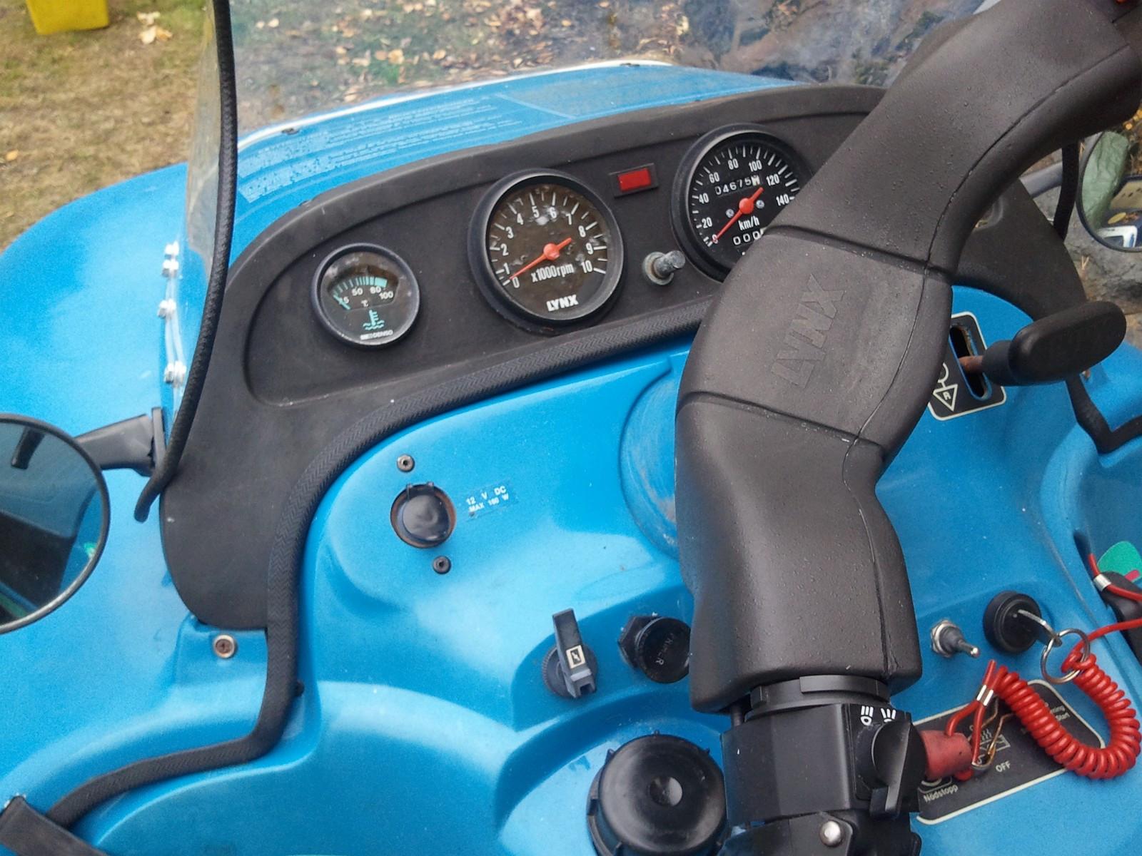 Lynx Cobra 92 mod. Selges byttes, hel-deler. - Dokka  - Cobra touring 92 mod. mye bra og god motor. Selges eller byttes. Kom med bud/forslag til: Nitreseksfirefirenullfiretre. - Dokka