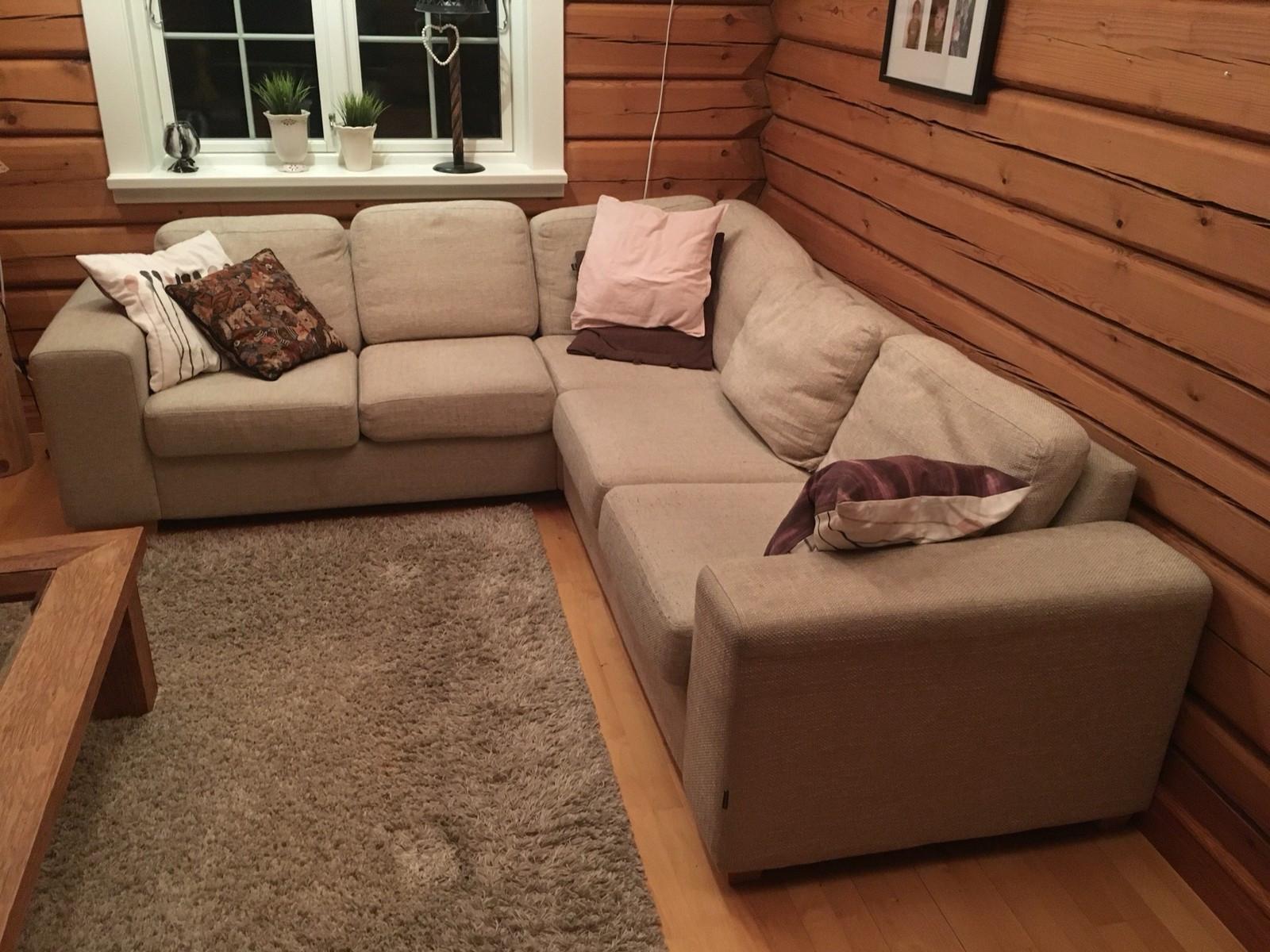 Sofa - Auli  - Lys grå sofa. 255*230 Vaskbare puter - Auli