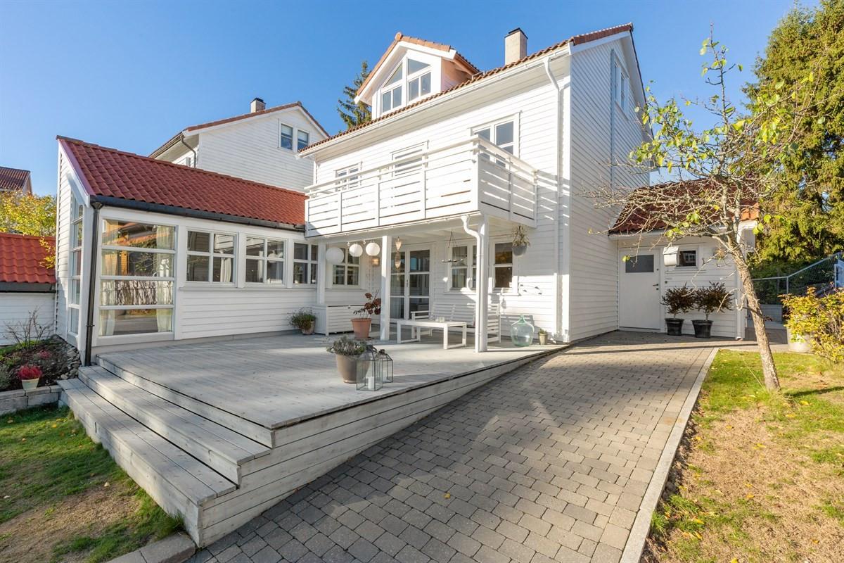 Enebolig - Skoklefald / Flaskebekk - nesoddtangen - 6 590 000,- - Sydvendt & Partners