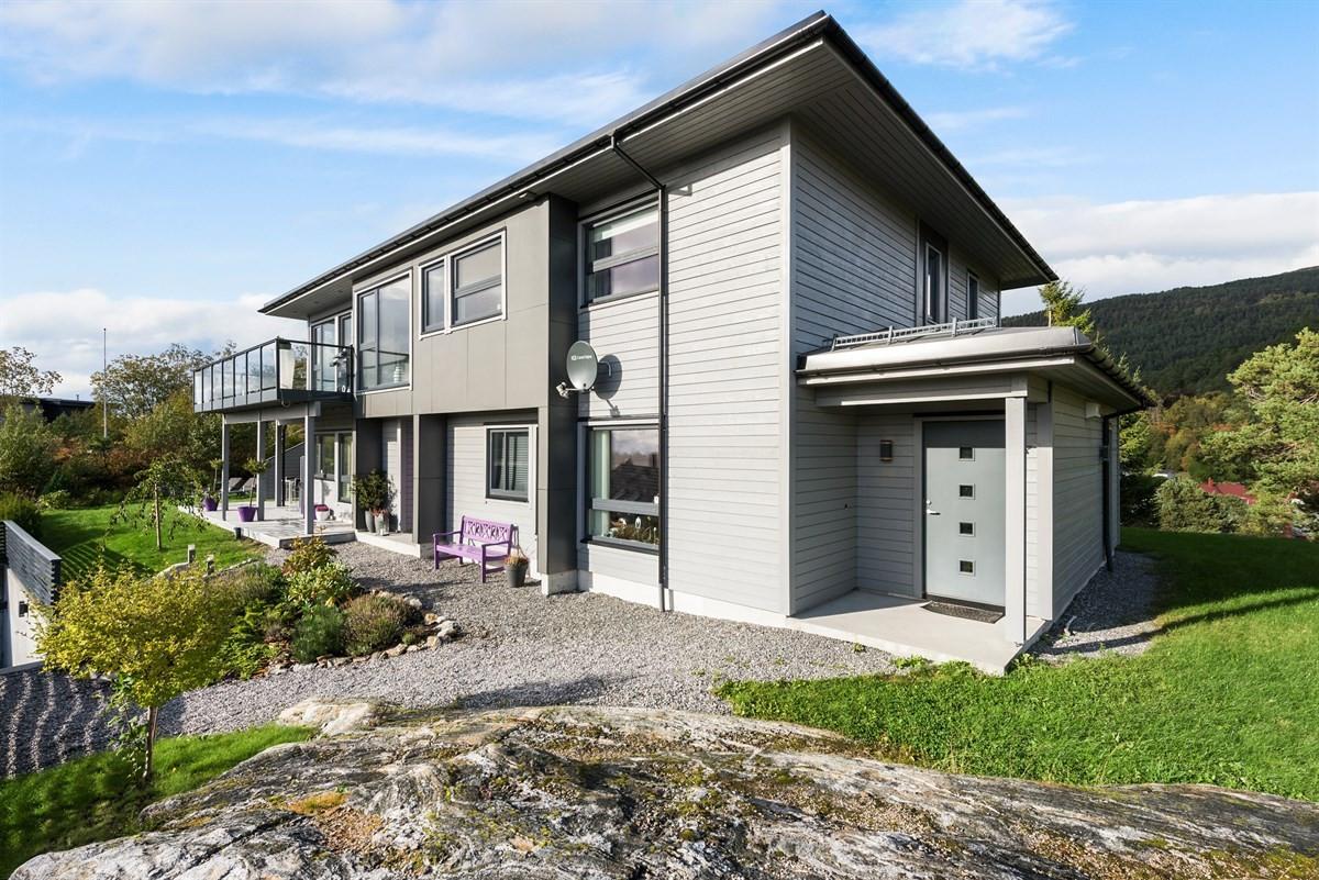 Enebolig - ålesund - 9 700 000,- - Aursnes & Partners