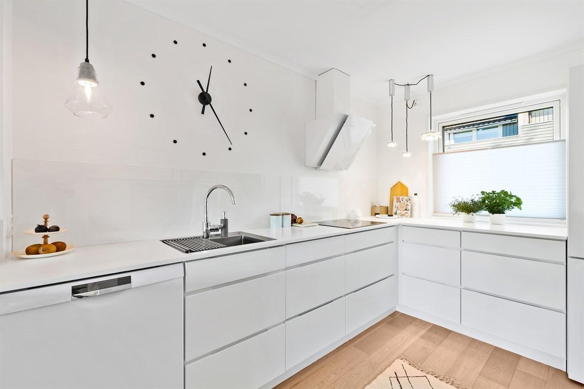 Rekkehus - Torsrød - stavern - 2 290 000,- - Leinæs & Partners