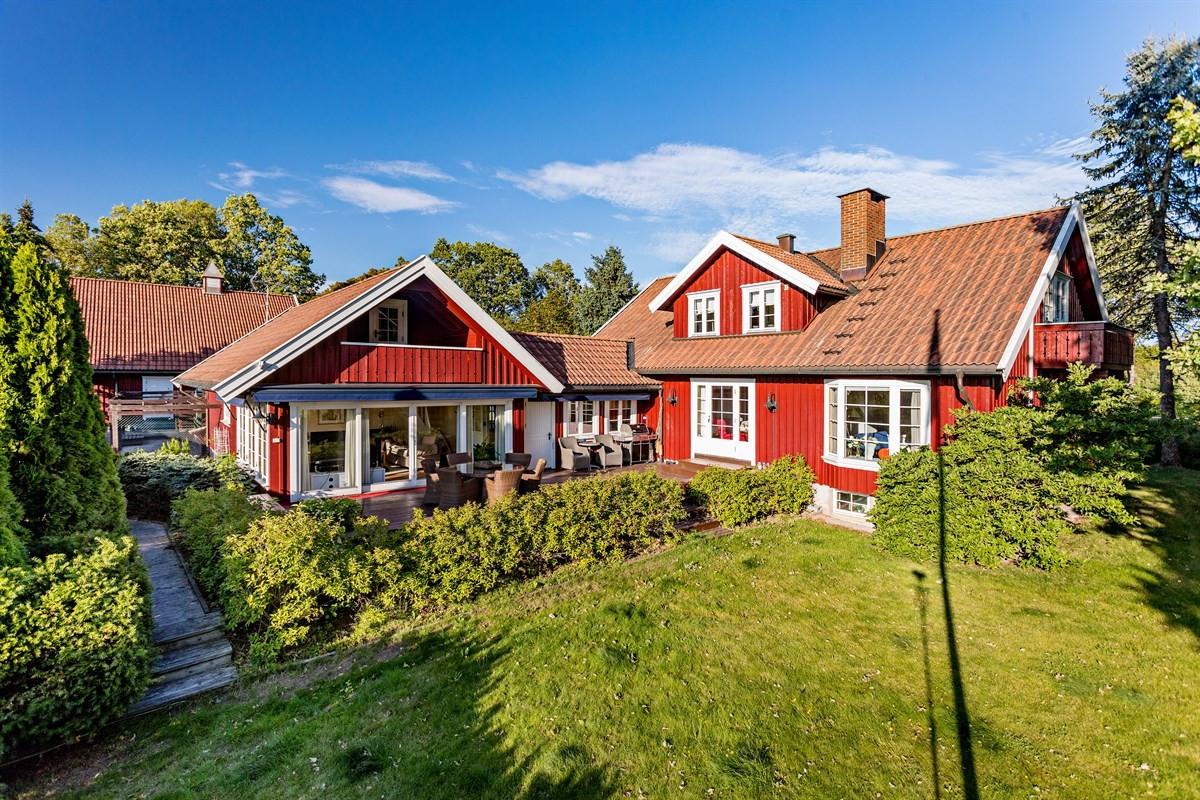 Landbrukseiendom - larvik - 12 000 000,- - Leinæs & Partners
