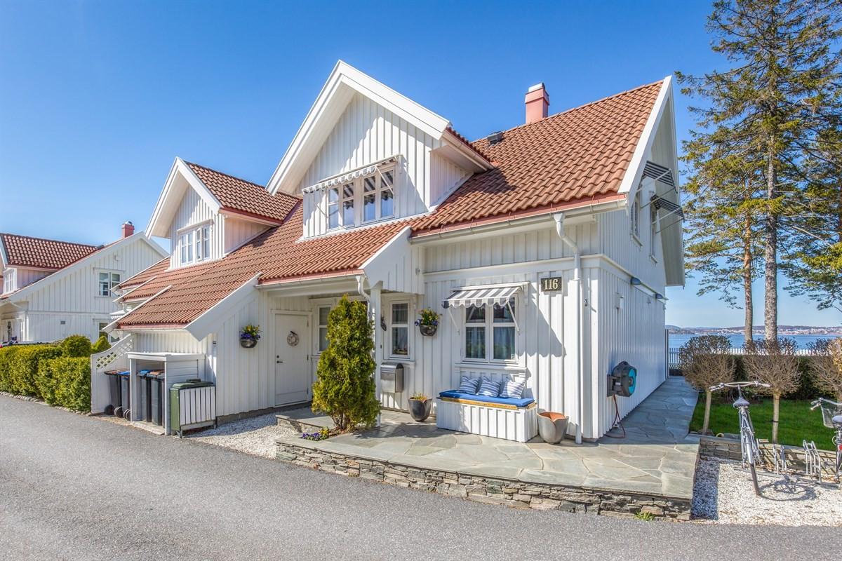 Tomannsbolig - stavern - 6 600 000,- - Leinæs & Partners
