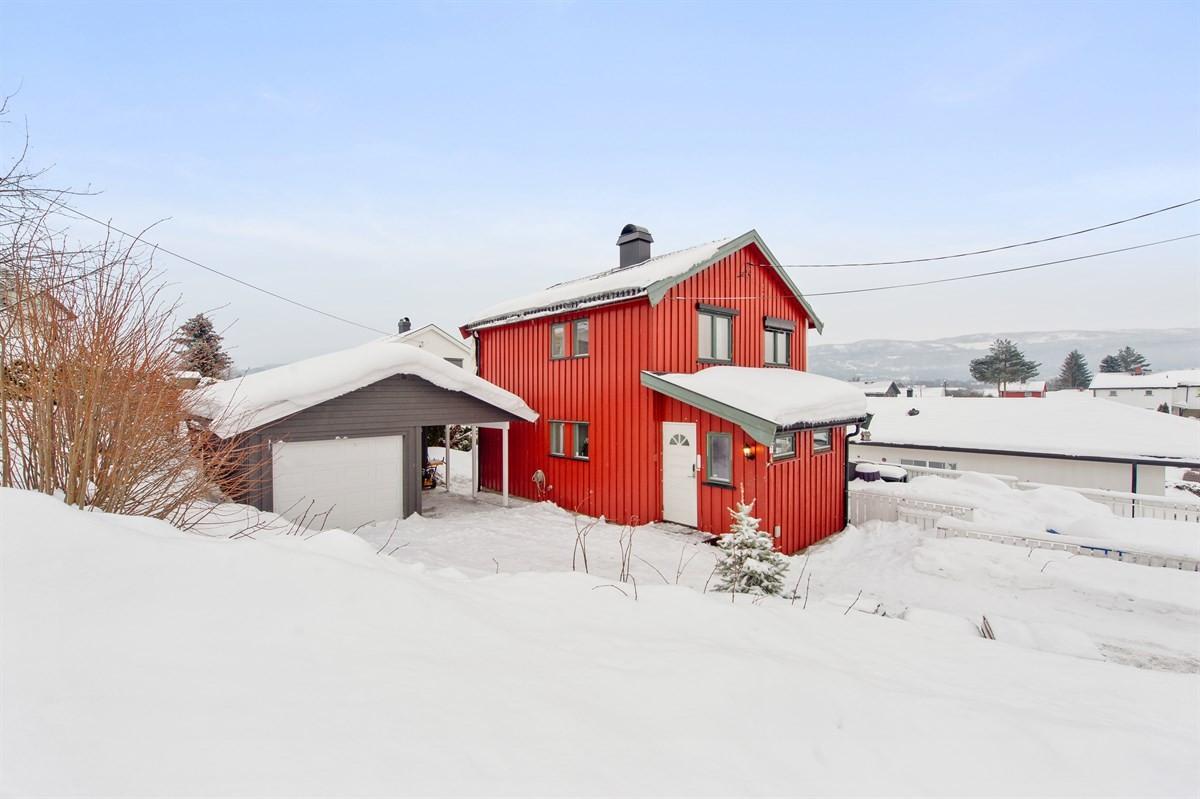 Meglerhuset & Partners Drammen - Enebolig - 3 290 000,-