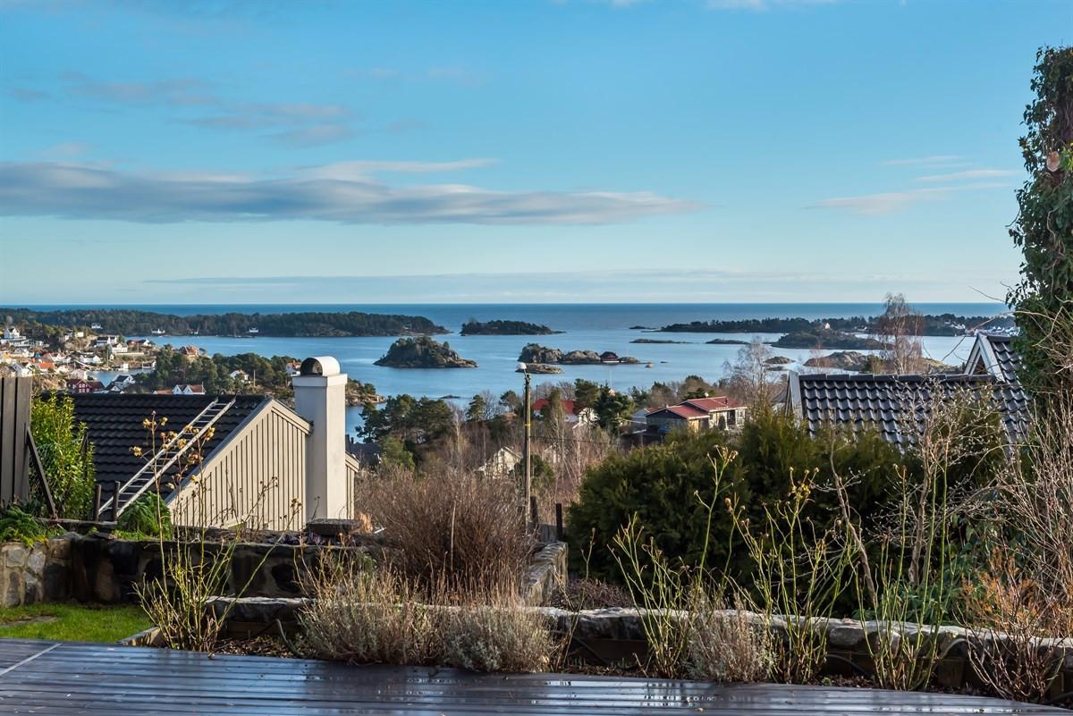Enebolig - kolbjørnsvik - 4 950 000,- - Meglerhuset & Partners