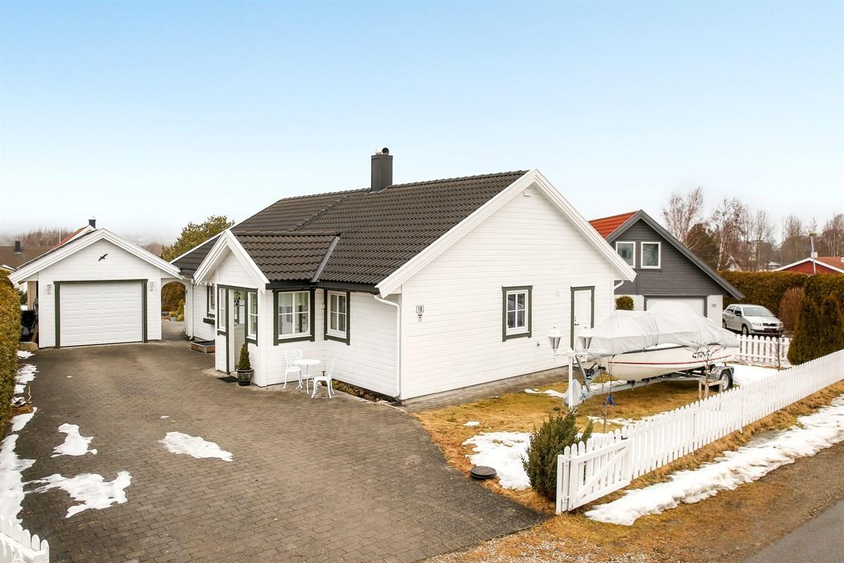 Enebolig - vesterøy - 2 550 000,- - Møller & Partners