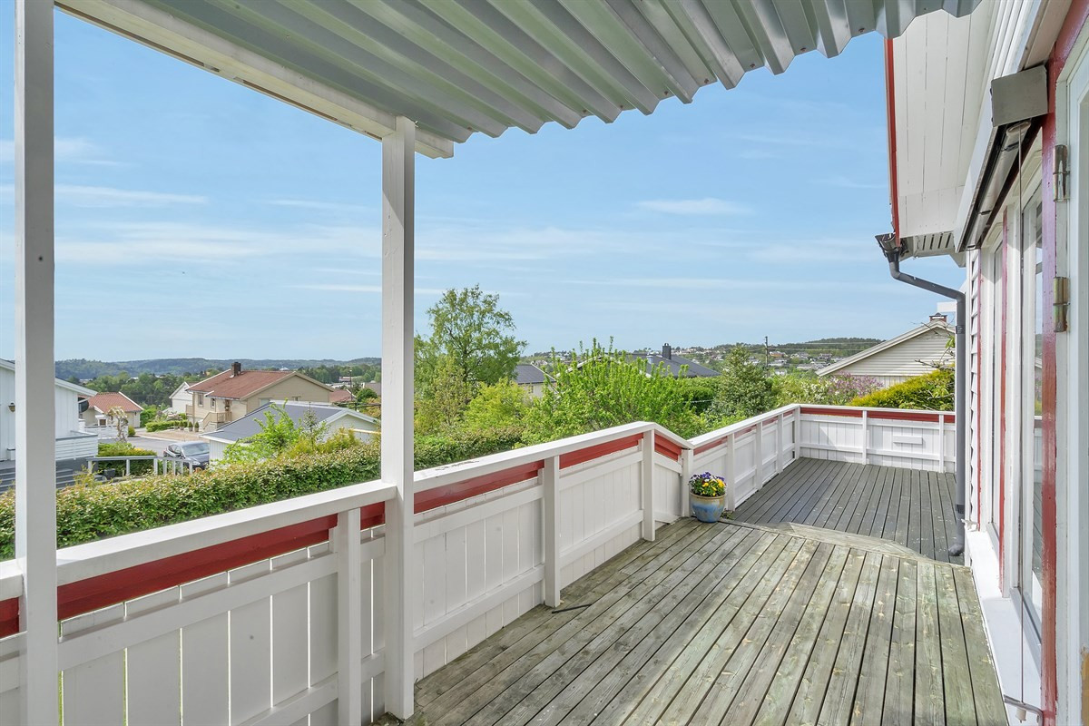 stor-solrik-veranda