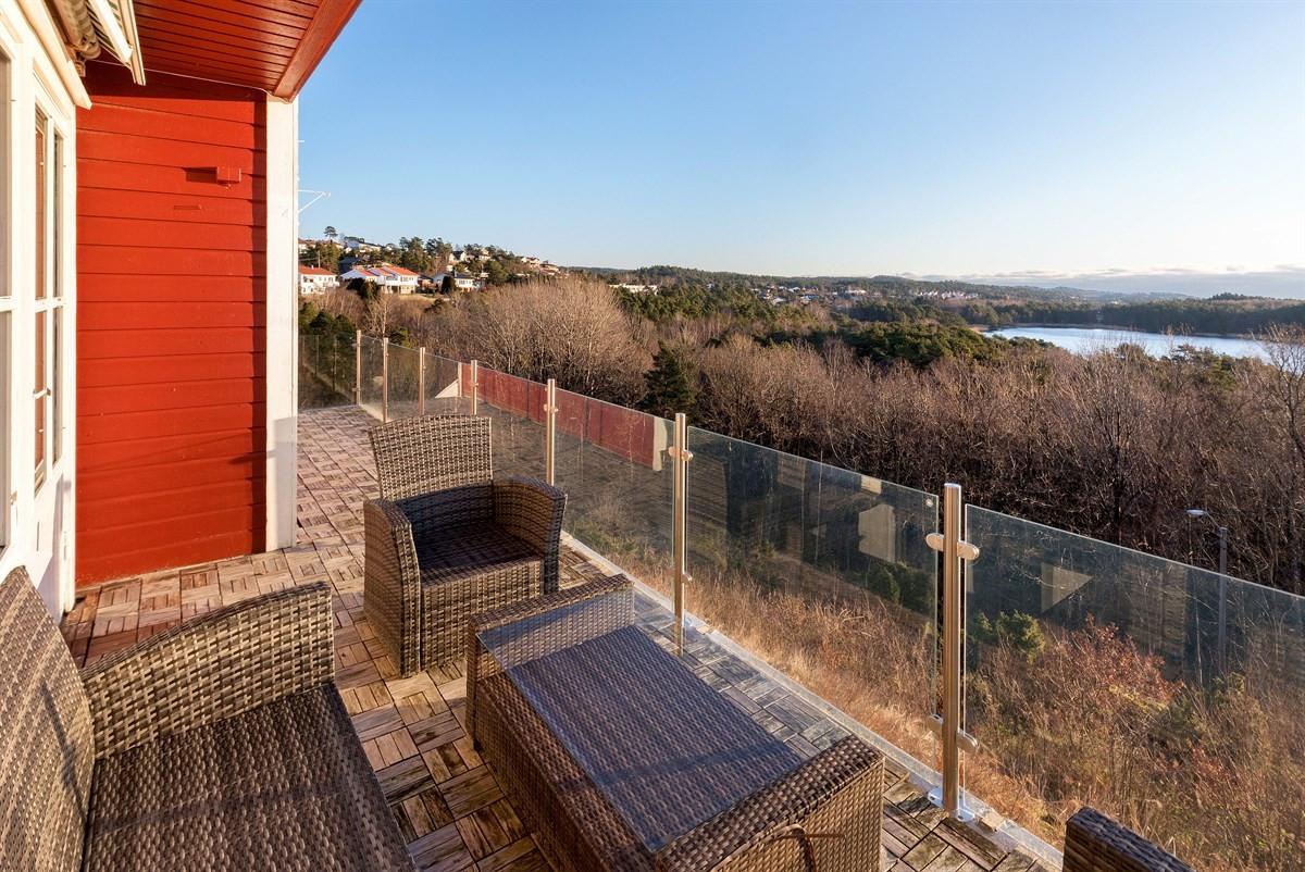 terrassen-med-flott-usikt