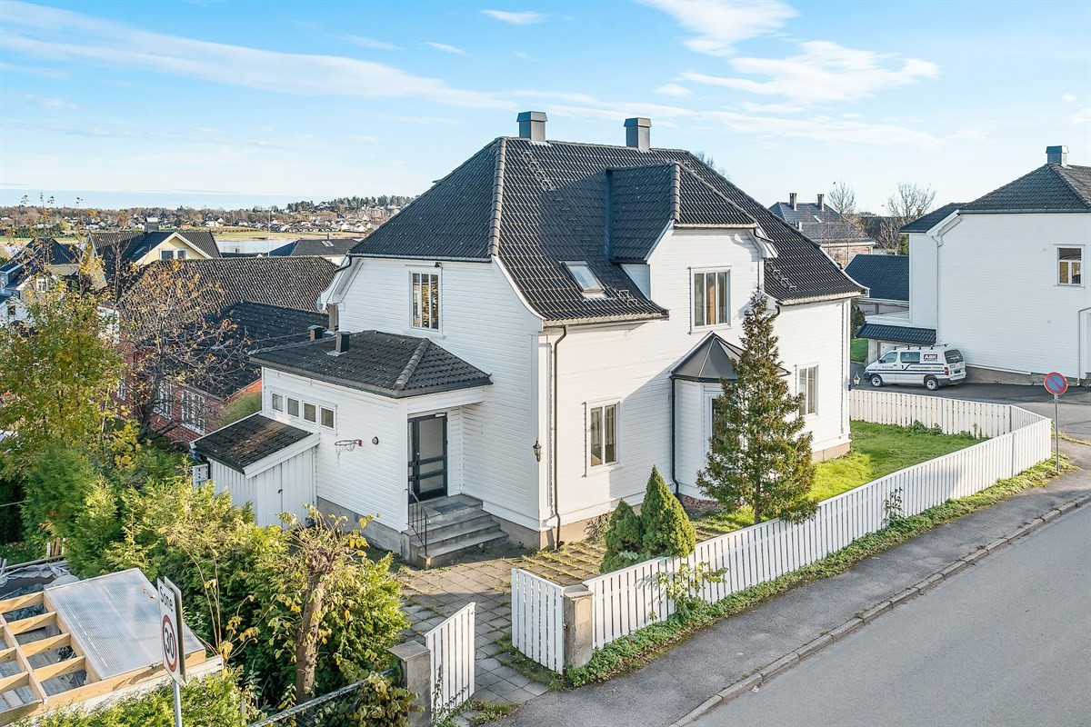 Bakke Sørvik & Partners Tønsberg - Enebolig - 3 990 000,-