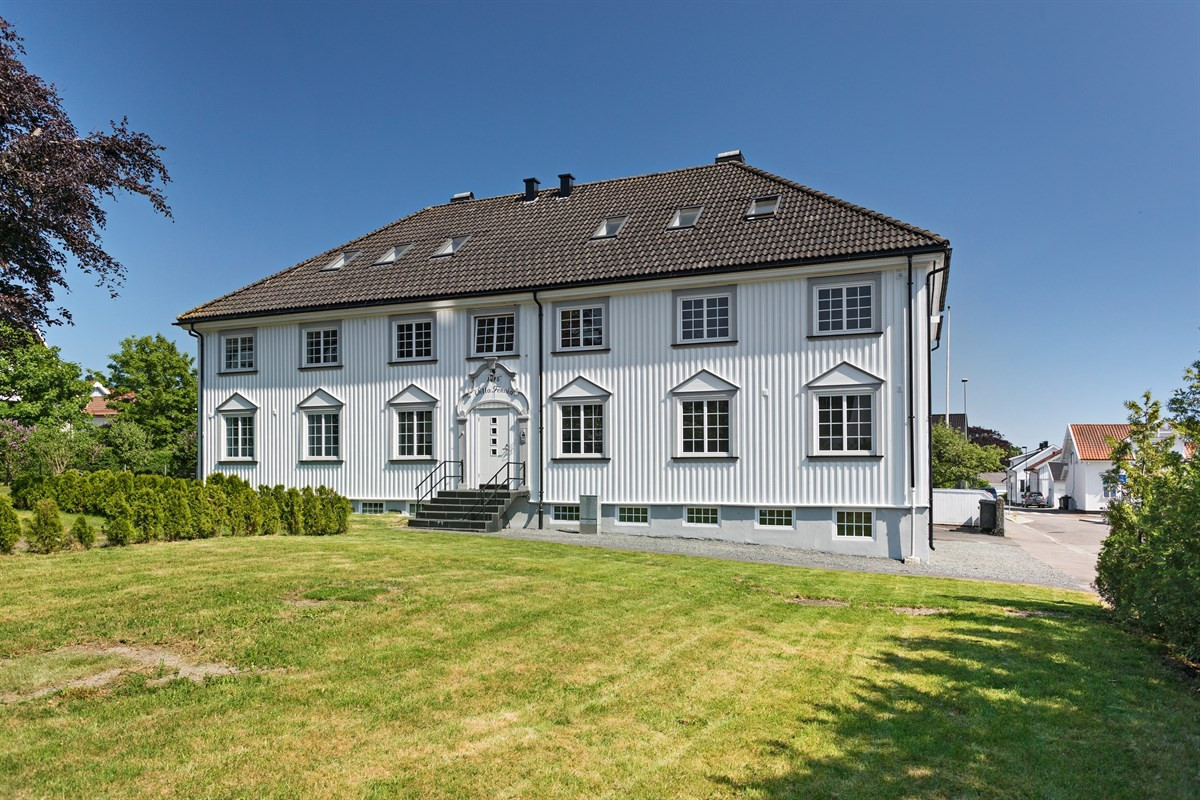 Leilighet - larvik - 2 080 000,- - Leinæs & Partners